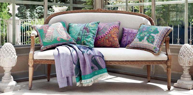 Accent Pillows home decor ideas with interior designing institute