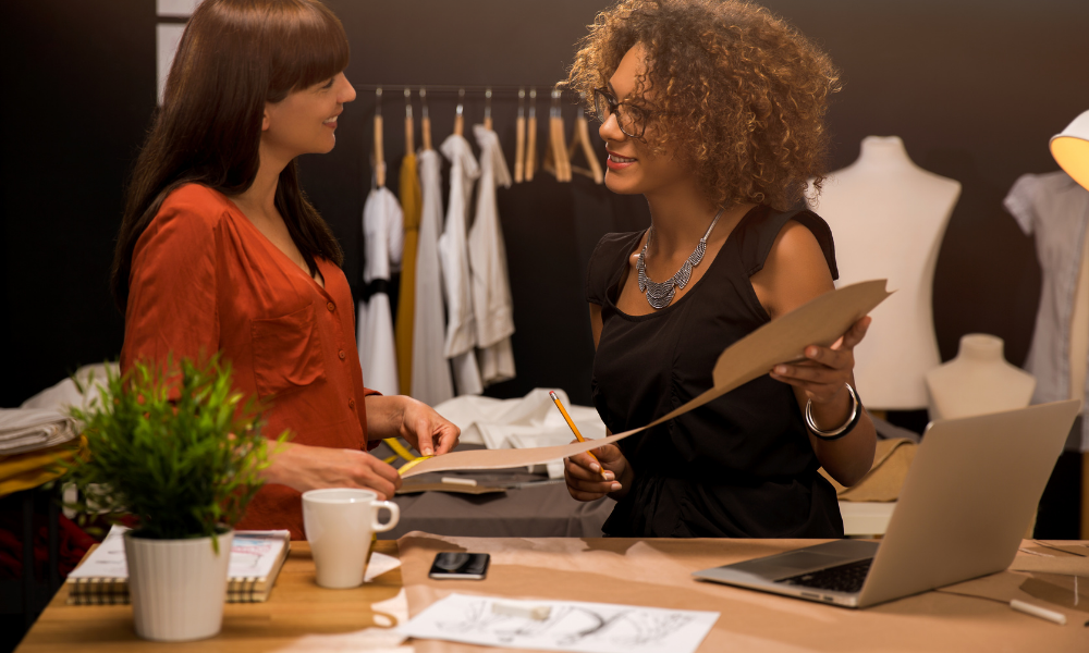 HOW TO GET INTO FASHION INDUSTRY
